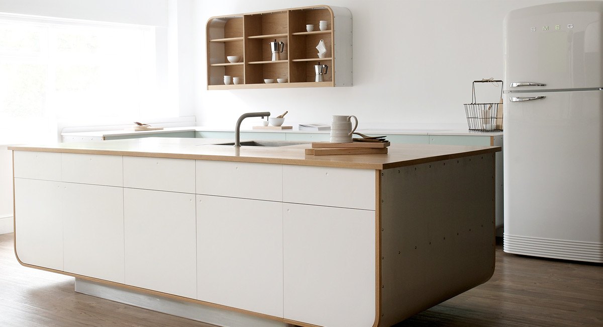 Locks Air Kitchen by deVOL